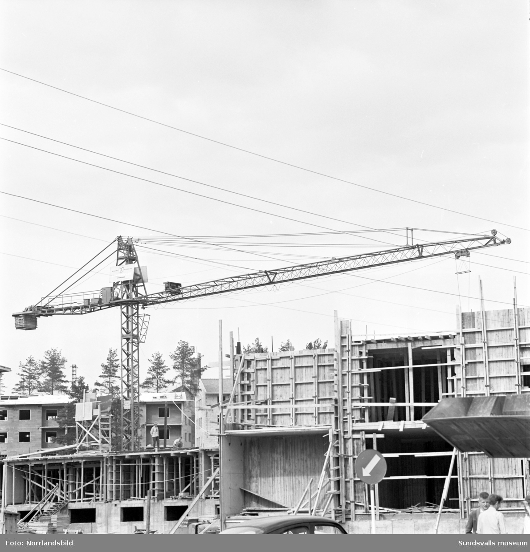 Pågående byggen av flerfamiljshus i Kubikenborg.