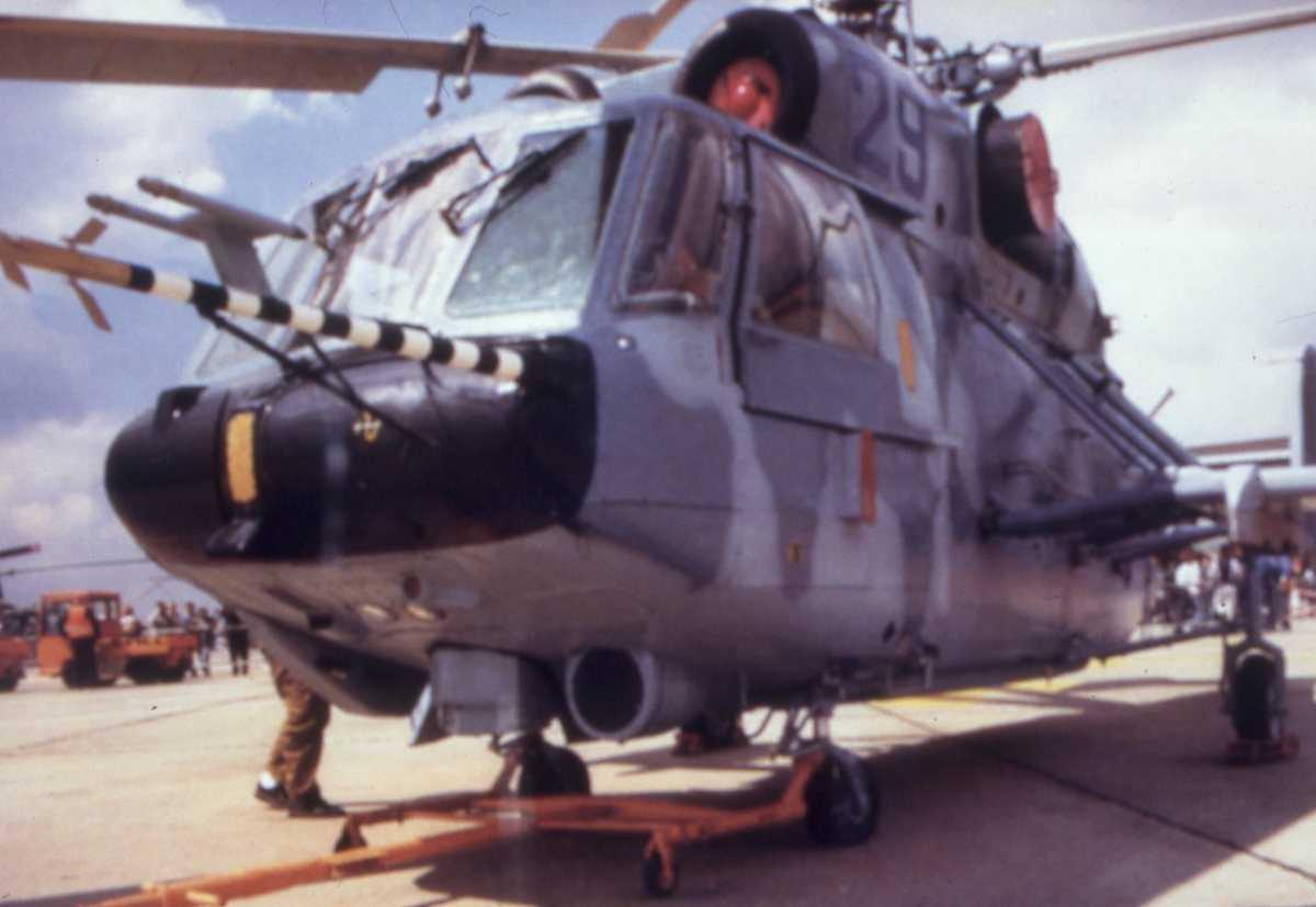Russisk helikopter av typen Kamov Ka-29 med nr. 29.
