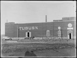 Eksteriør fra Tubus A/S i Sarpsborg, 1932-33. Produsent av t