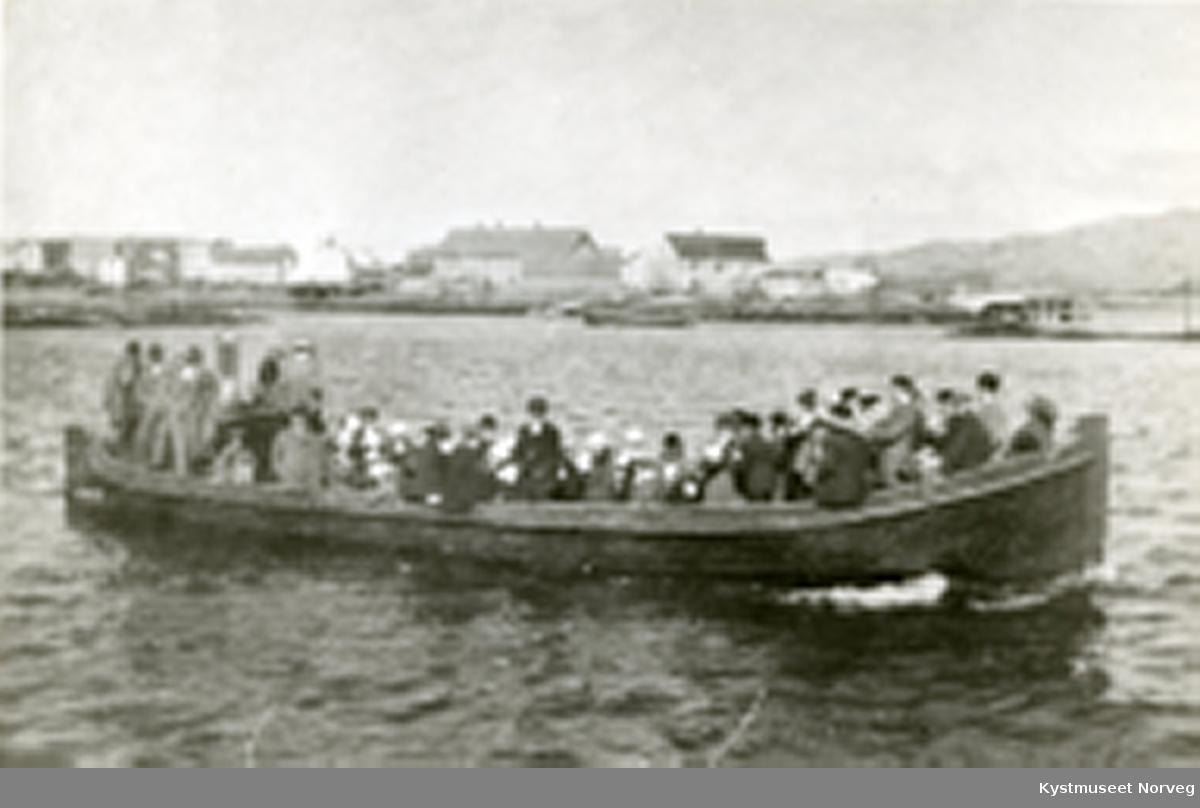 Rørvik i havna