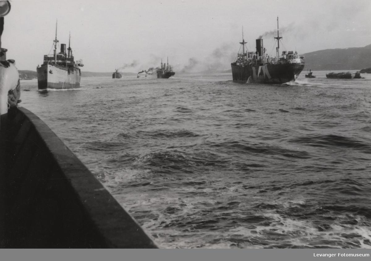 Tysk transportskip i norsk fjord.