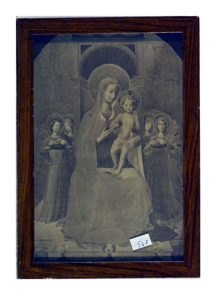 Bildet viser Jomfru Maria med Jesusbarnet på fanget. Hun er omgitt av engler.