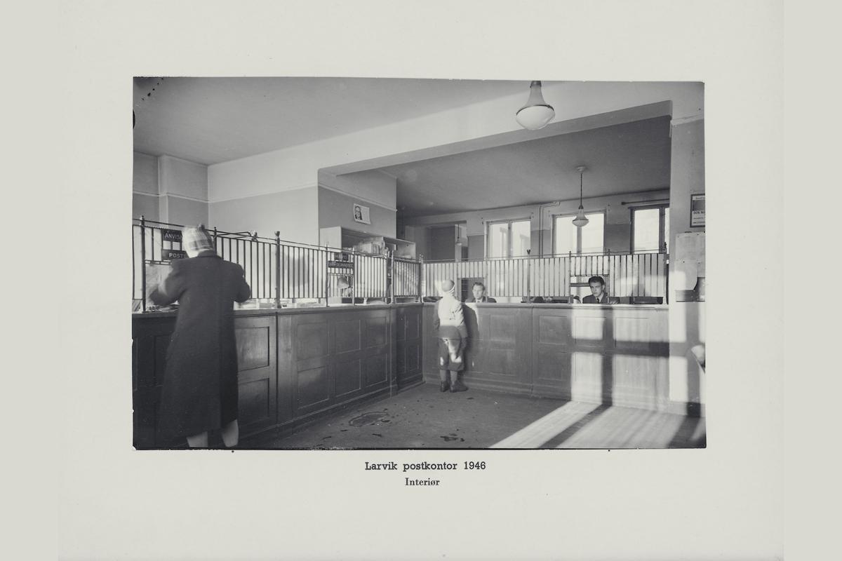 interiør, postkontor, 3250 Larvik, publikumshall, ekspeditør, kunder