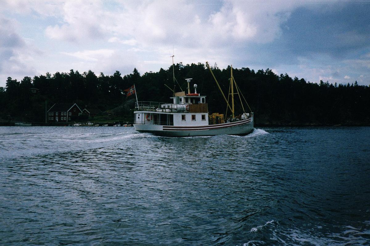 """transport, båt, """"Søgne"""", på vann"""