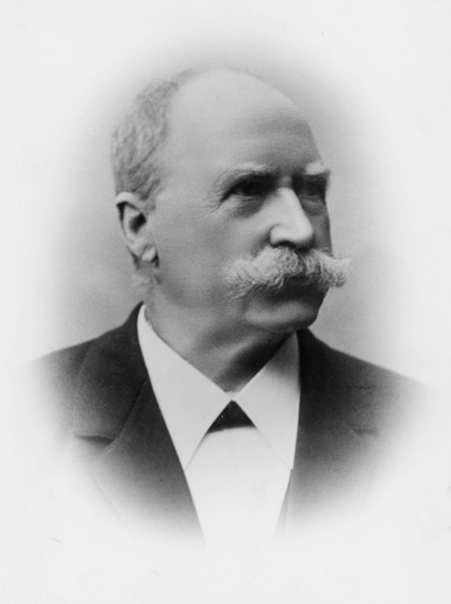 portrett, postmester, Amund Olsen