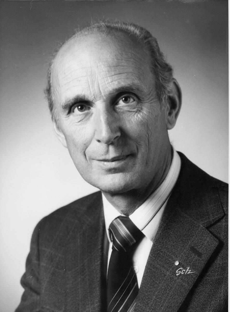 postsjef, Hundvin Ivar, portrett