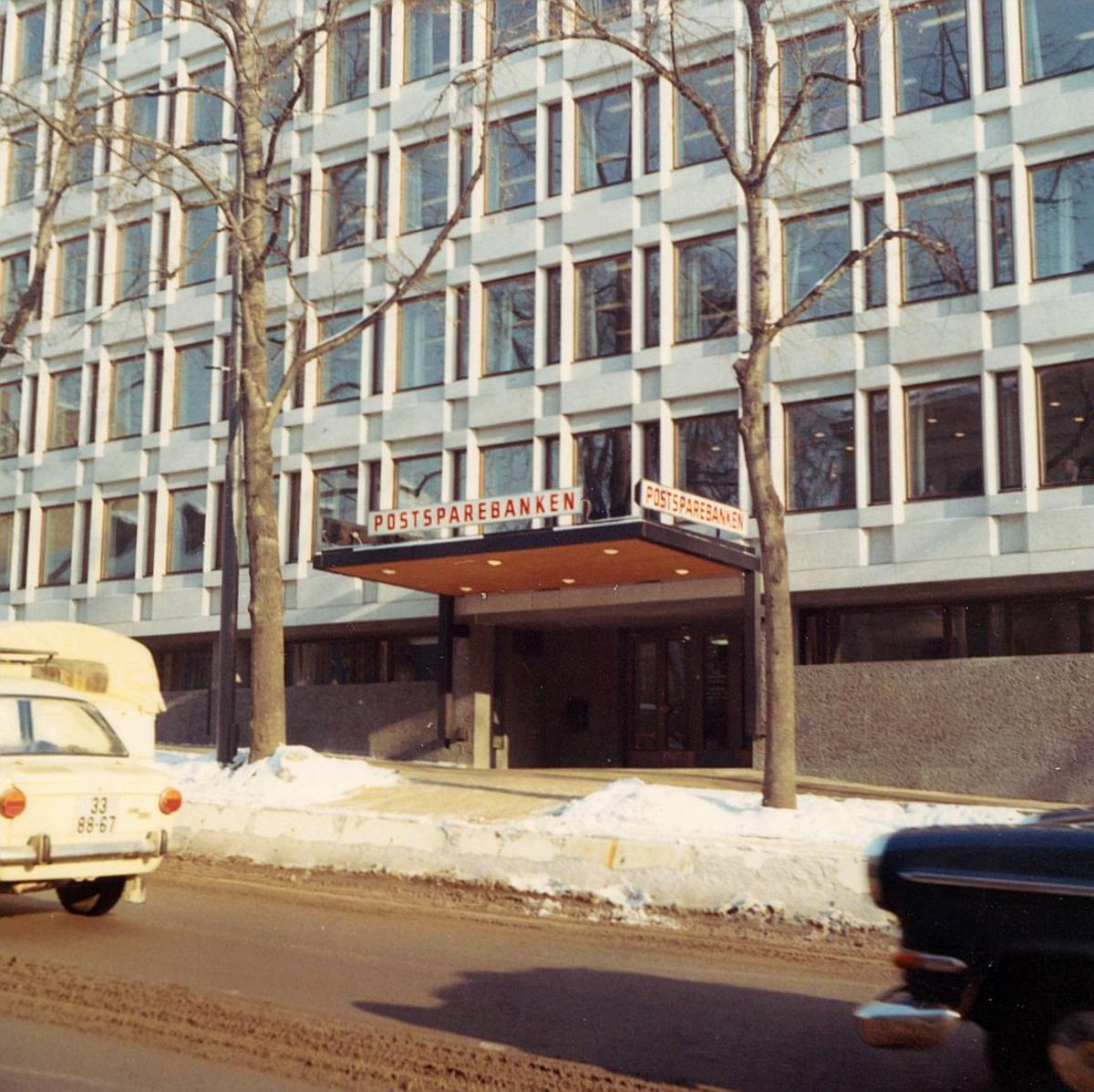 postsparebanken, Akersgata 68, Oslo, eksteriør, snø