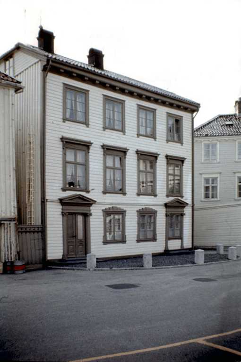 Tyholmen. Kløckers hus. Fasade.