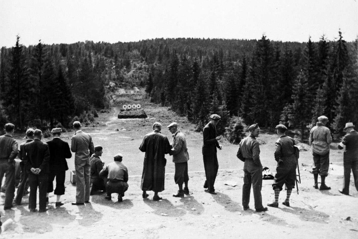Skedsmo Skytterlags bane Gullhaug/Skjetten 1945 Hjemmestyrkene driver øvelsesskyting