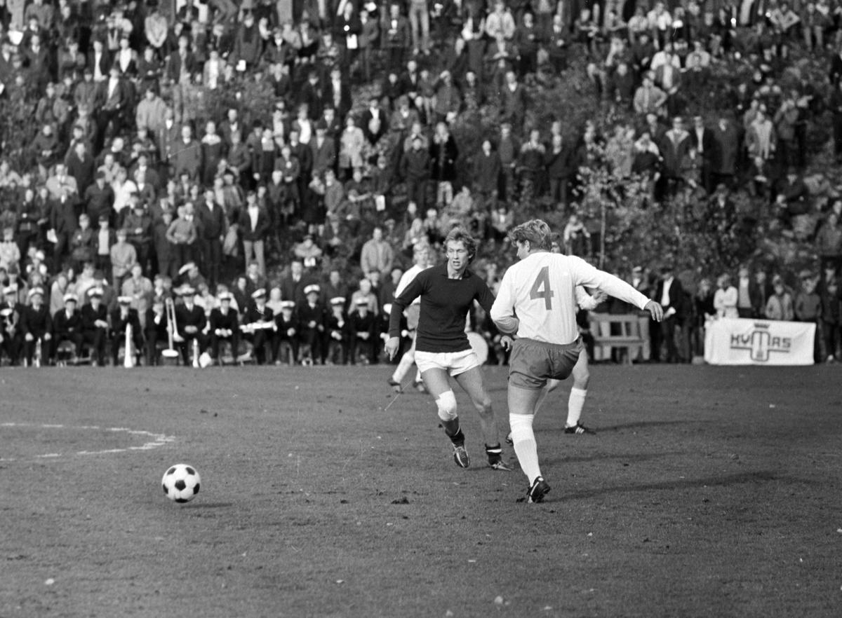 NM Fotball Sveum. Brumunddal. Norgesmesterskapet. Juniorfinalen 11. 10. 1970.  Brumunddal IL -Viking, Stavanger. Steinar Hestsveen.