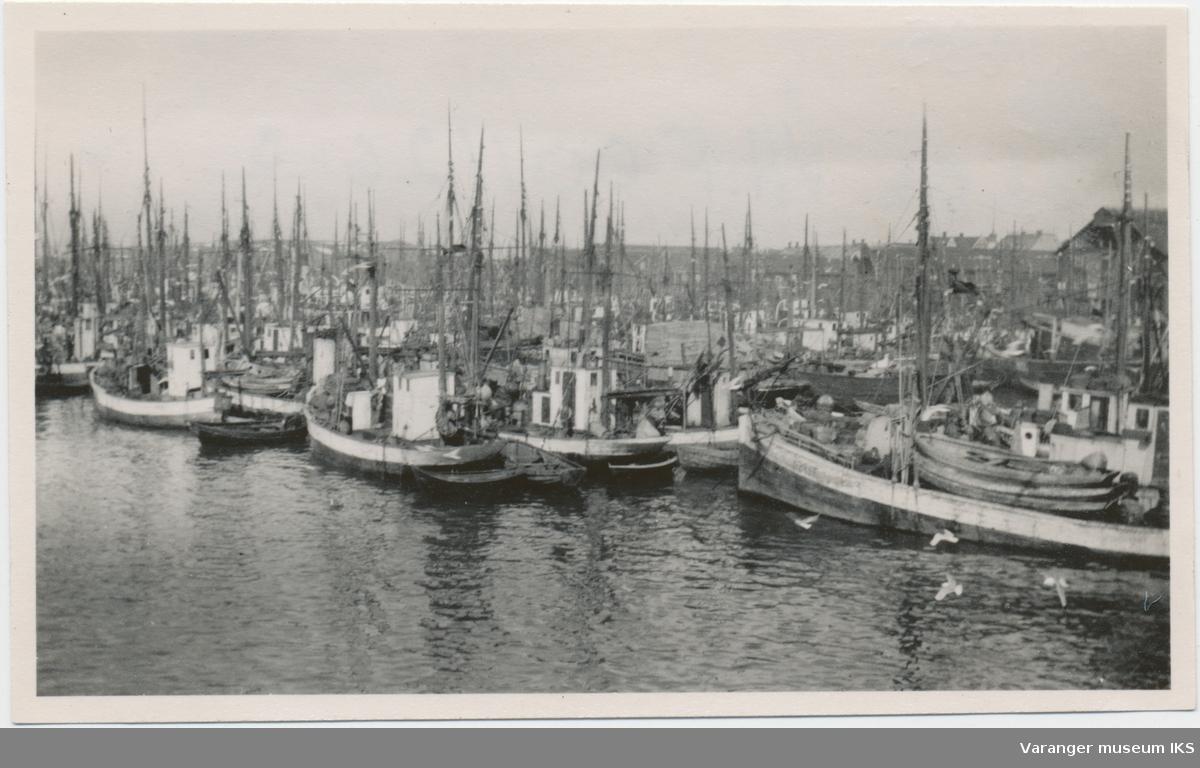 Fiskebåter på Nordre Våg, 1930-tallet