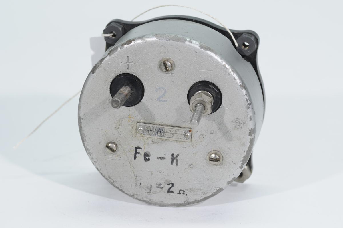Cylindertemperaturindikator 17 AT8C. Graderad 0-350 grader celcius.