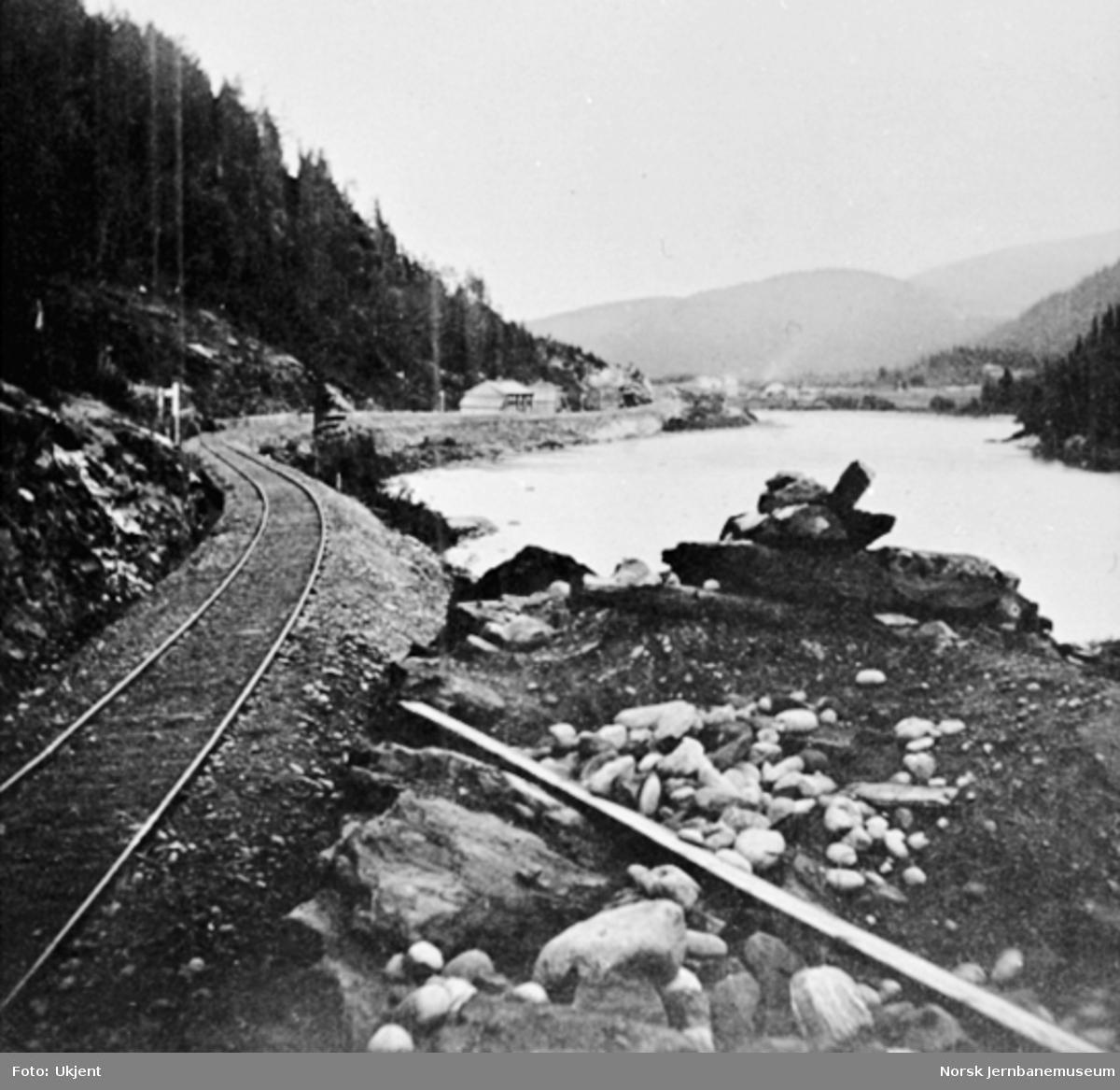 Jernbanelinjen ved Grisenget mellom Gildset og Gåre