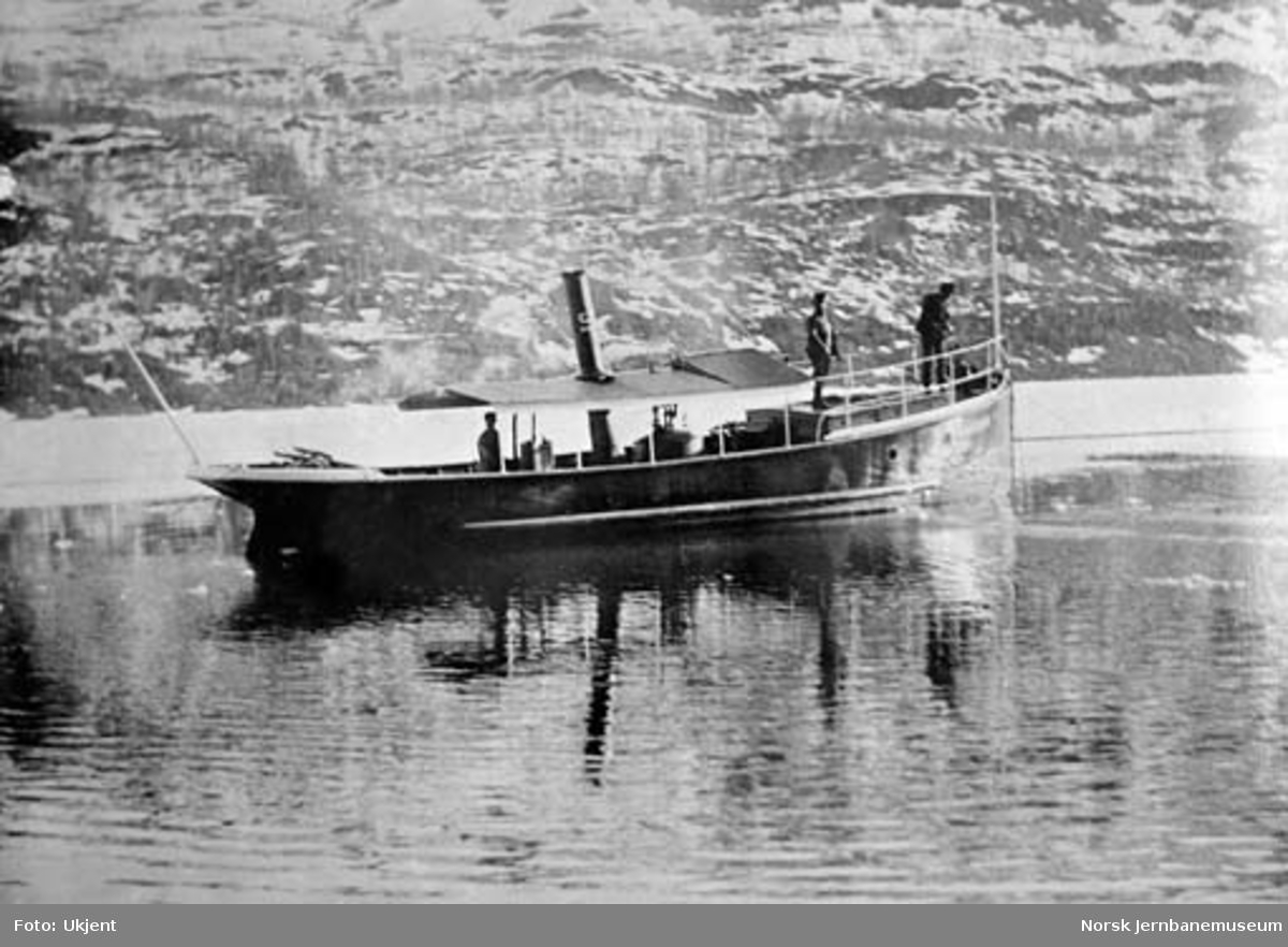 "Gruveselskapets båt ""Sulitelma I"" på Langvann"