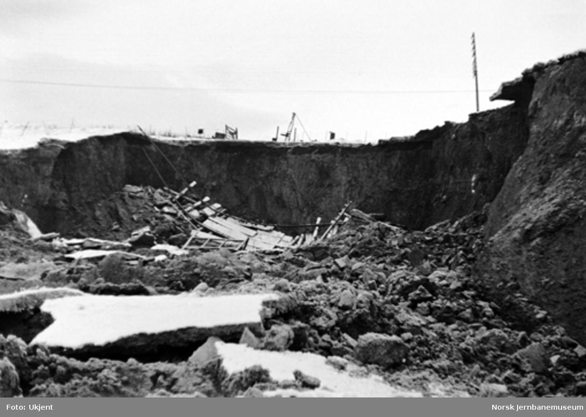 Jordskred på Randsfjordbanen ved Ask