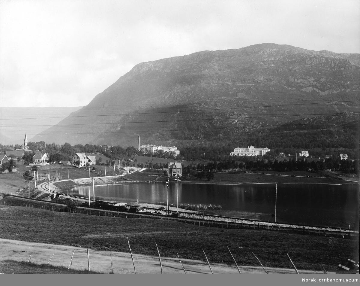 Vossebanen mellom Kronstad og Bergen, sett i retning Bergen
