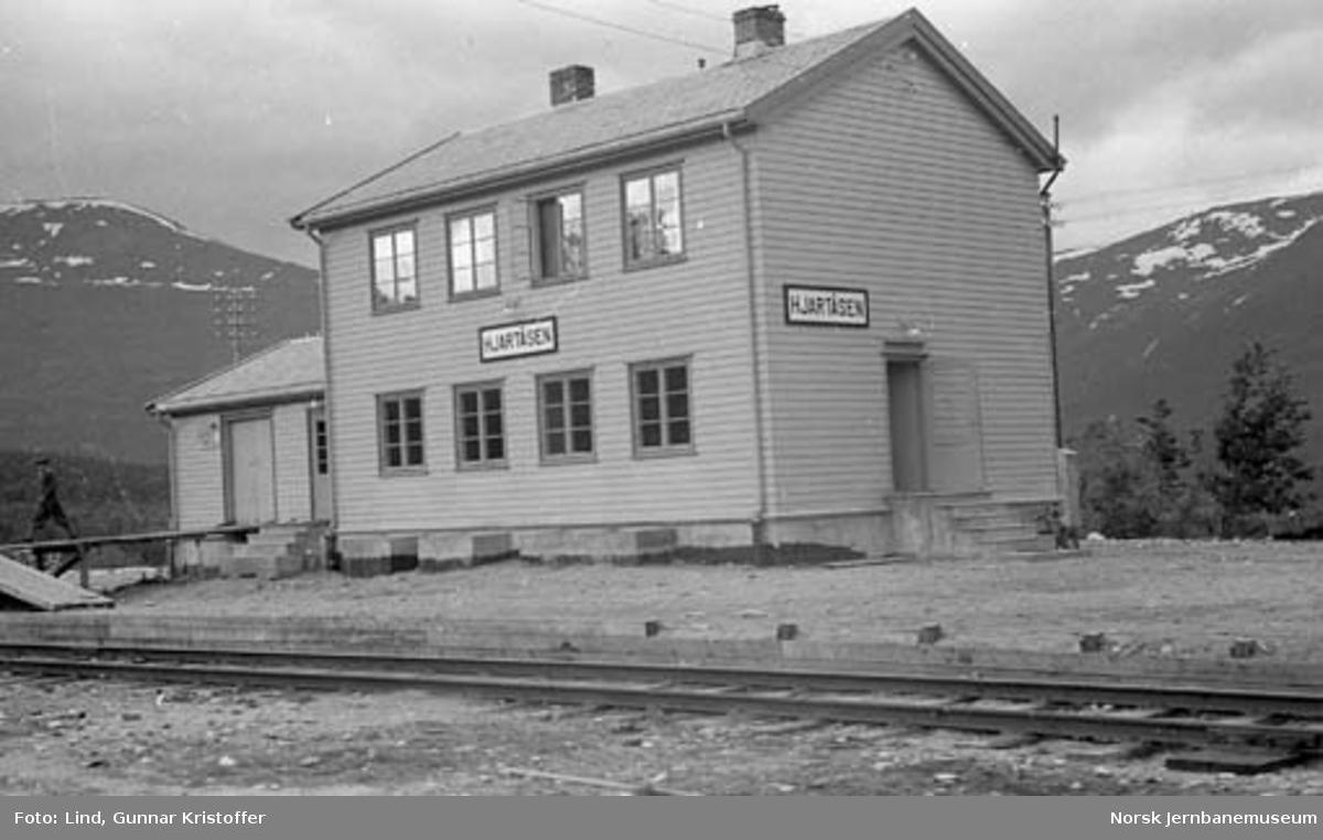Nordlandsbaneanlegget : Hjartåsen stasjonsbygning