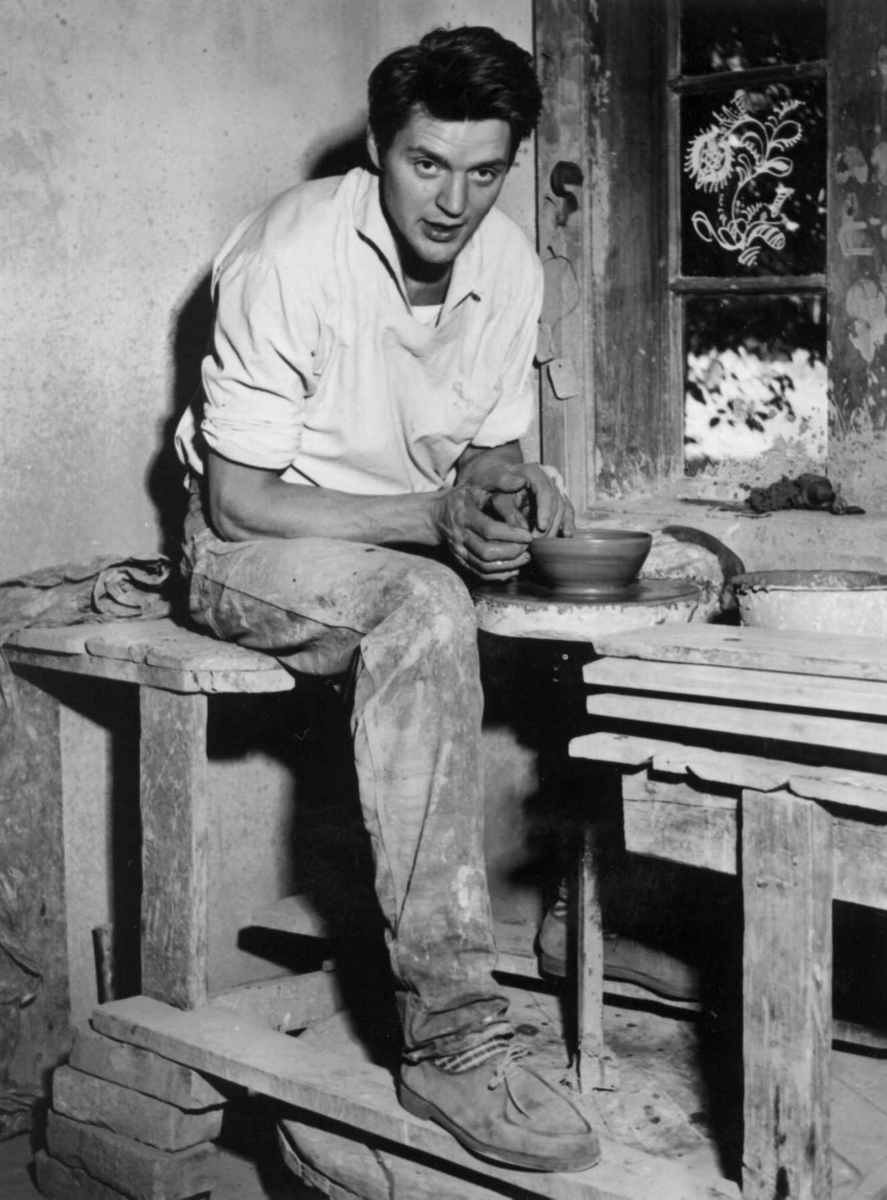 Pottemakeriet NF, bygning 218, keramiker Richard Duborgh, 1959.